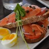 salmon_toast